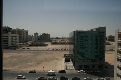 Vista desde el hotel (Solares y más solares)